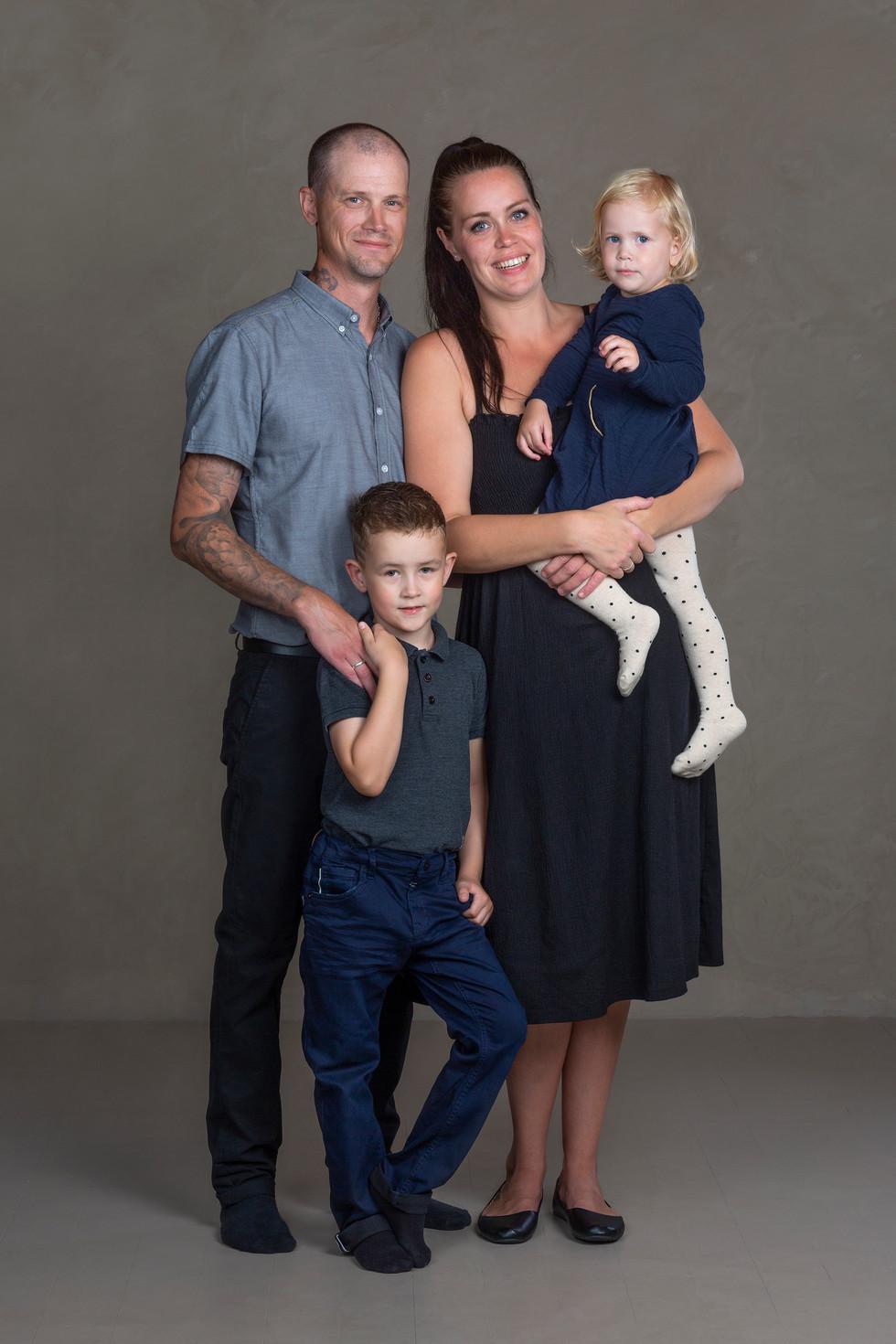 Familie, Natalie Bratberg.jpg