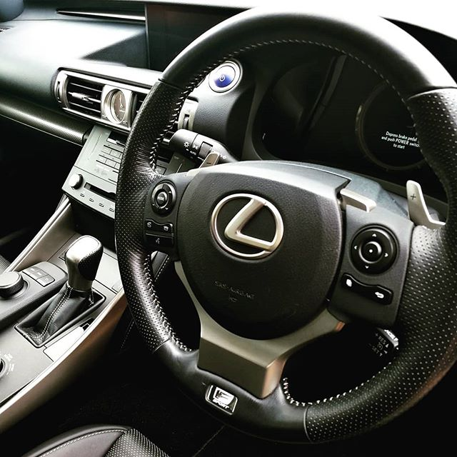 Lexus IS 300 F Sport_#lexus #luxury #luxurylifestyle #photooftheday #instagood #picoftheday #instagr