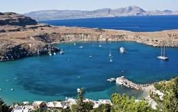 View-of-Lindos-Beach-Rhodes-Greece.jpg