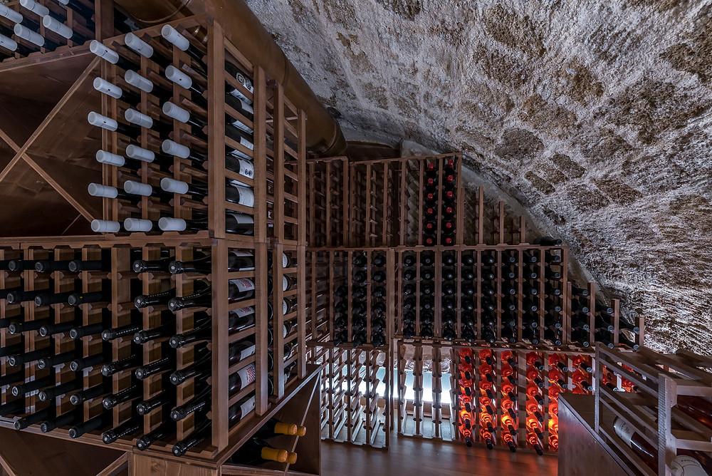 winebar10_rhodes_old_town_visitrhodes