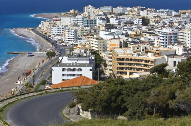 Overview-to-Rhodes-city-from-Monte-Smith