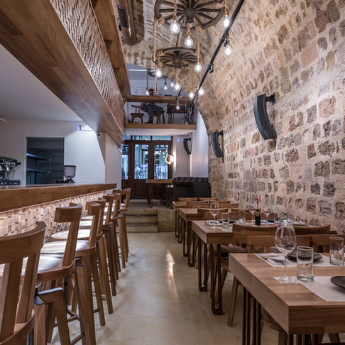10GR, a real wine bar opens its doors in Rhodes!