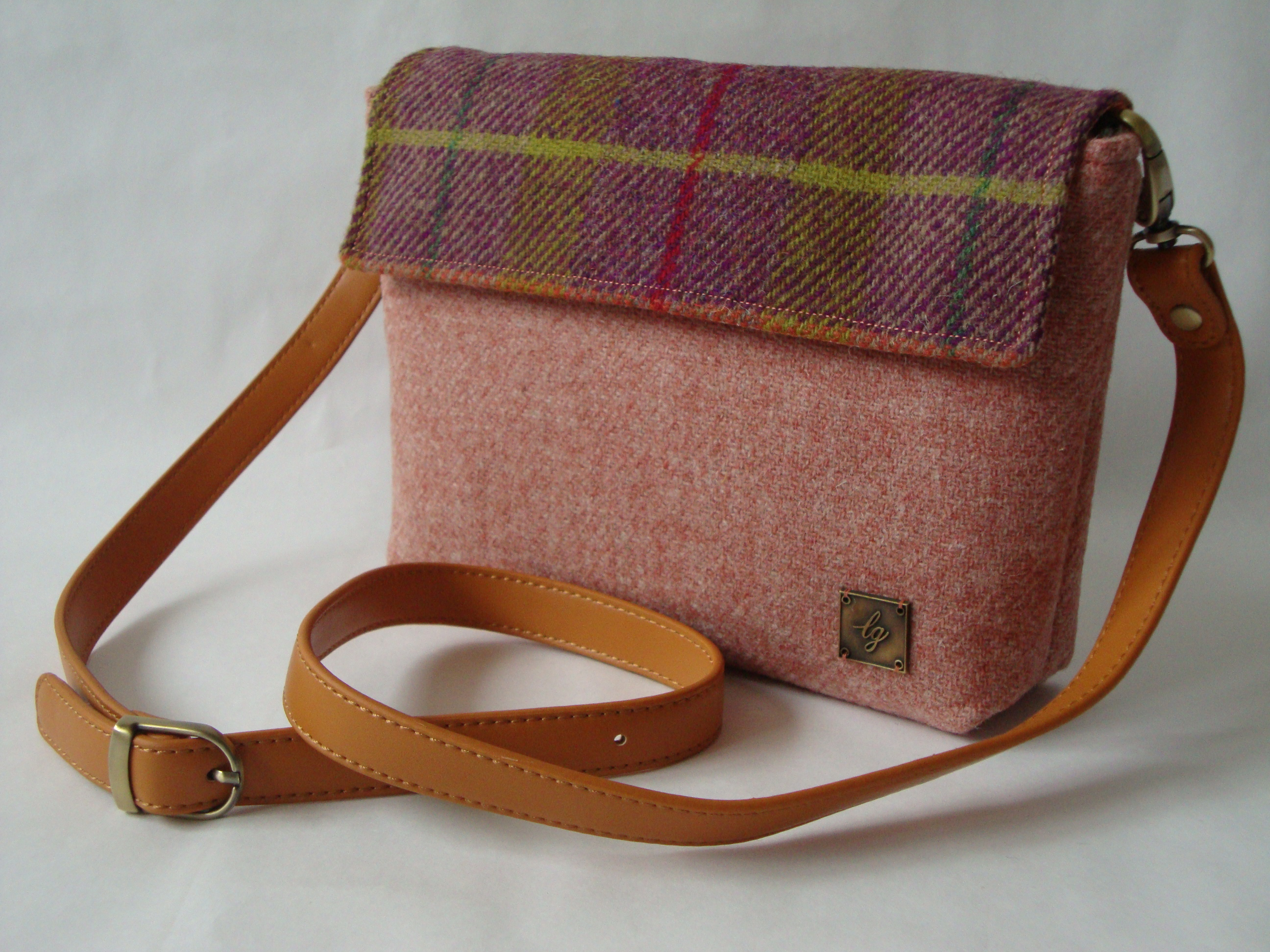 Small peach and mixed colour Bag