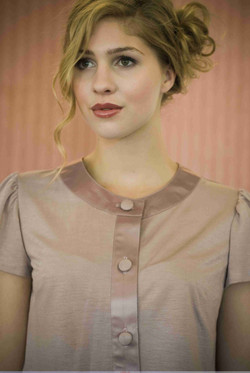 Crop cardigan in a shimmering dusky pink jersey with contrasting satin neckline