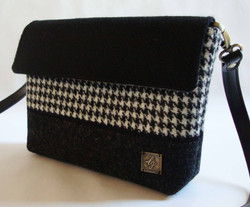 Small black and white Bag