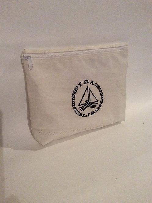 Large zip pouch. YRALIS