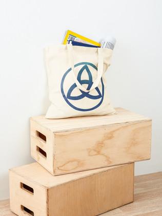 Triquetra Symbol Tote Bag