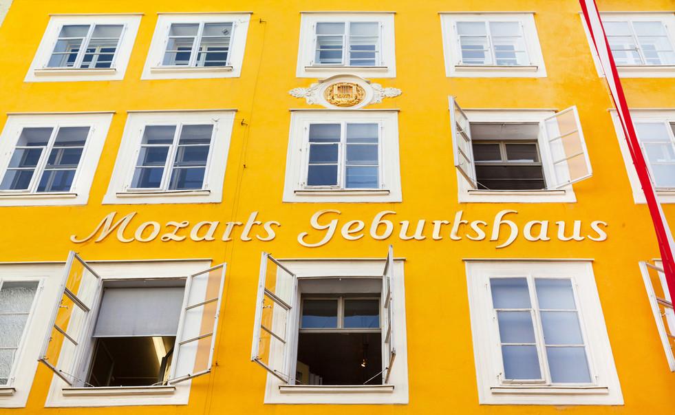 Birth house of Wolfgang Amadeus Mozart i