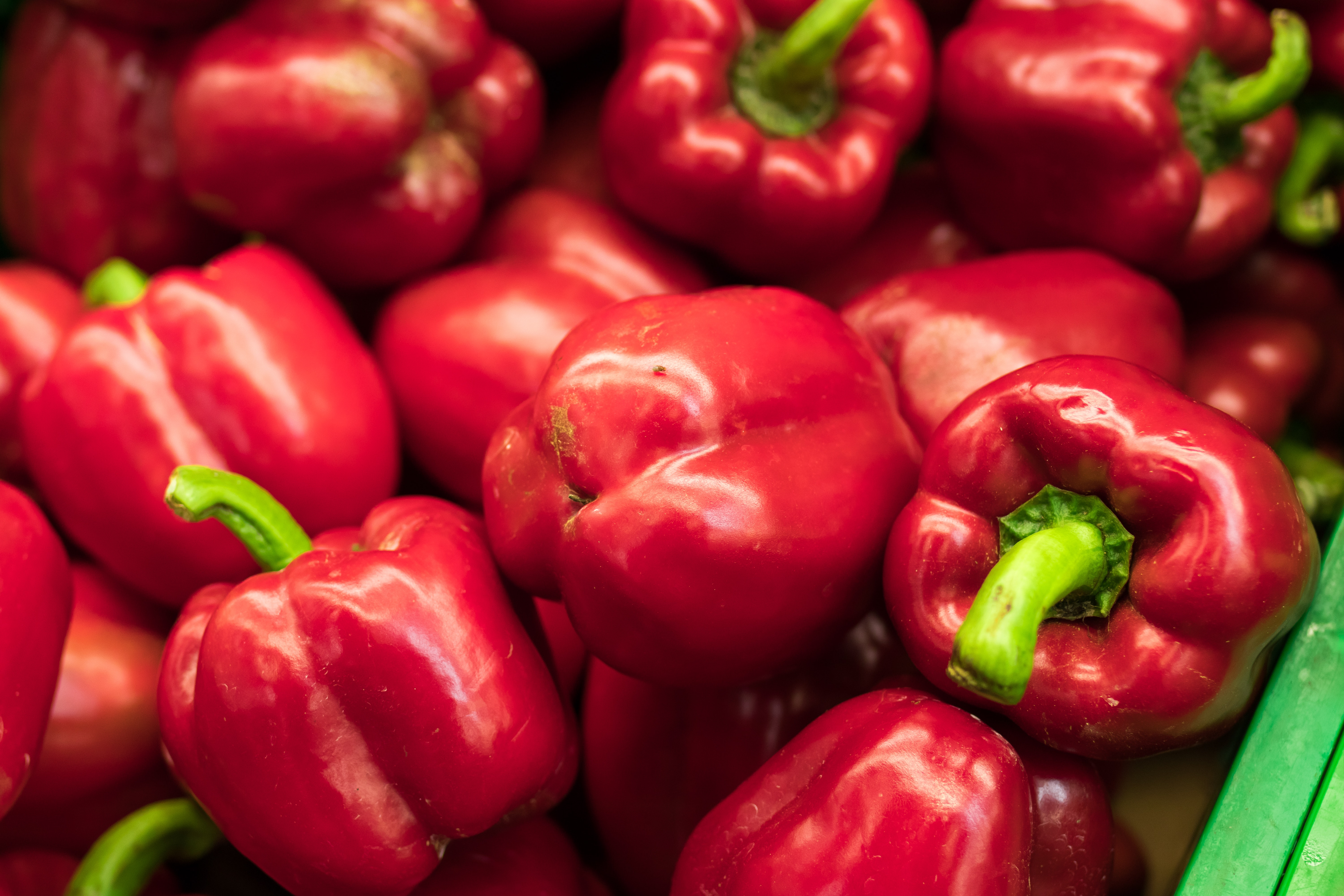 bell-peppers-chili-chili-peppers-452773.