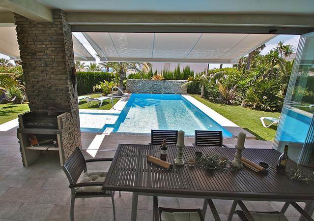 ref-100-villa-with-pool-seaview-31jpg