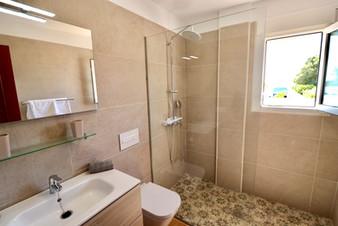 Modern bathromm