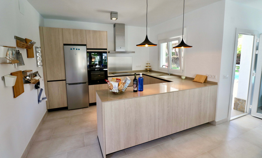 New oppen kitchen