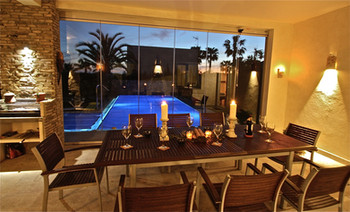 ref-100-villa-with-pool-seaview-25jpg