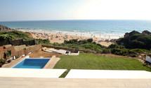 ref-170-beachfront-villa-with-seaview-1