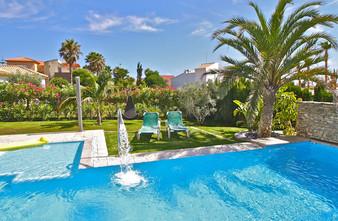 ref-100-villa-with-pool-seaview-14jpg