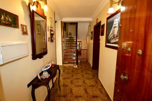 Eingang und Treppen