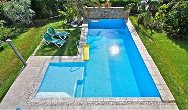 ref-100-villa-with-pool-seaview-18jpg
