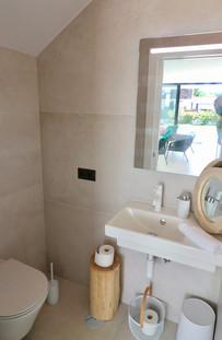 Gäste WC mit Spiegel