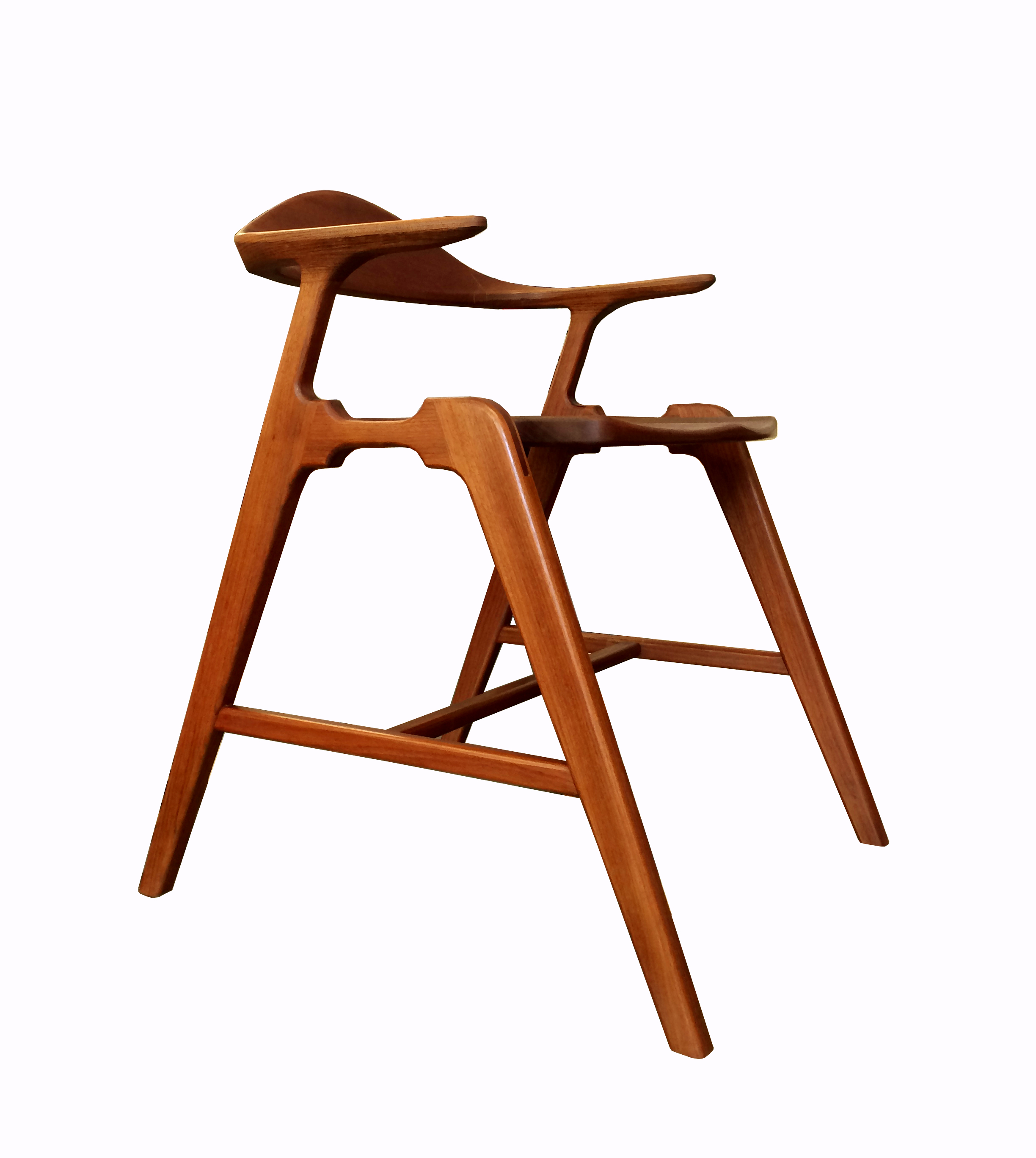 Joint Effort Studio SS Chair 3_F.jpg