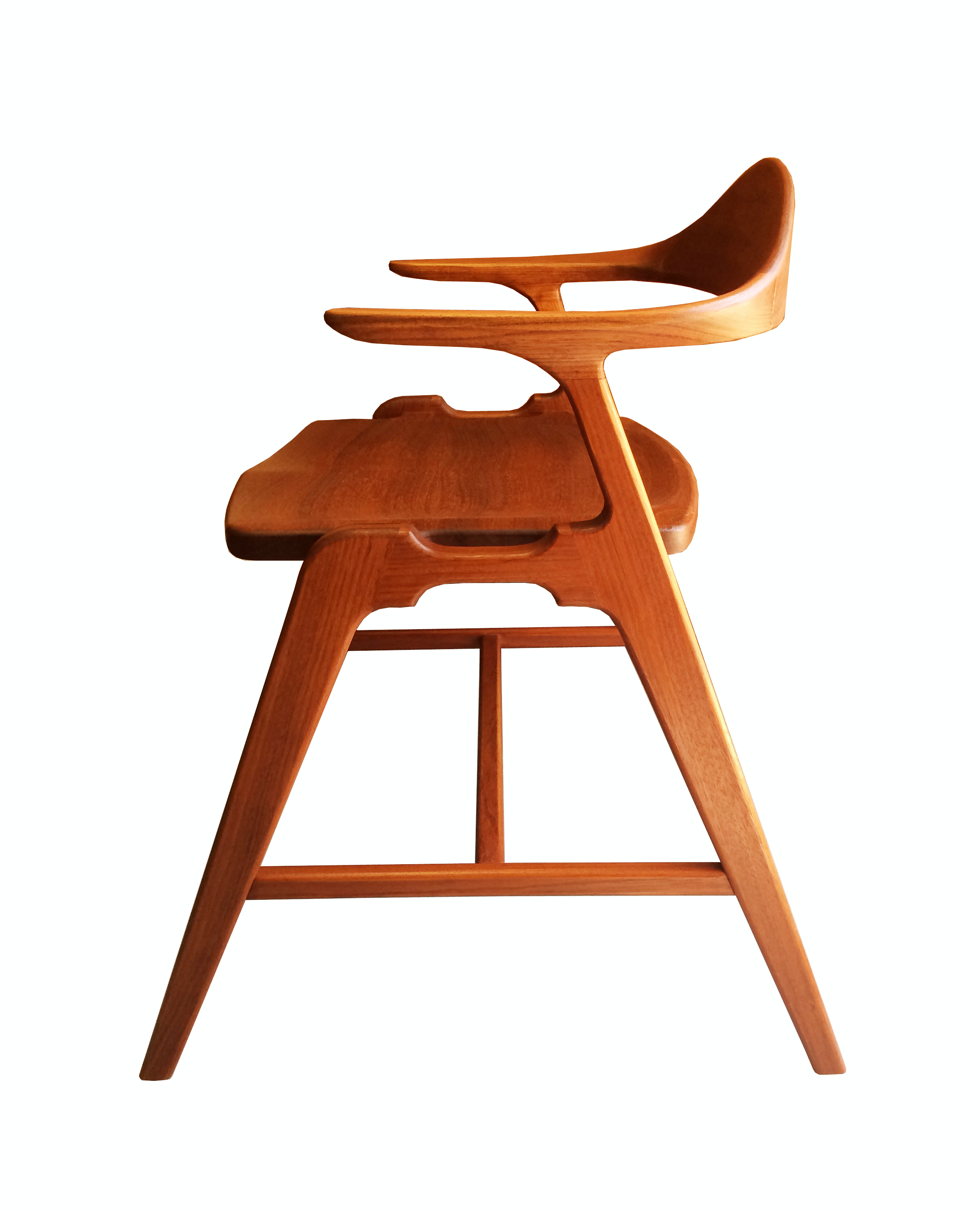 Joint Effort Studio SS Chair 1_F.jpg