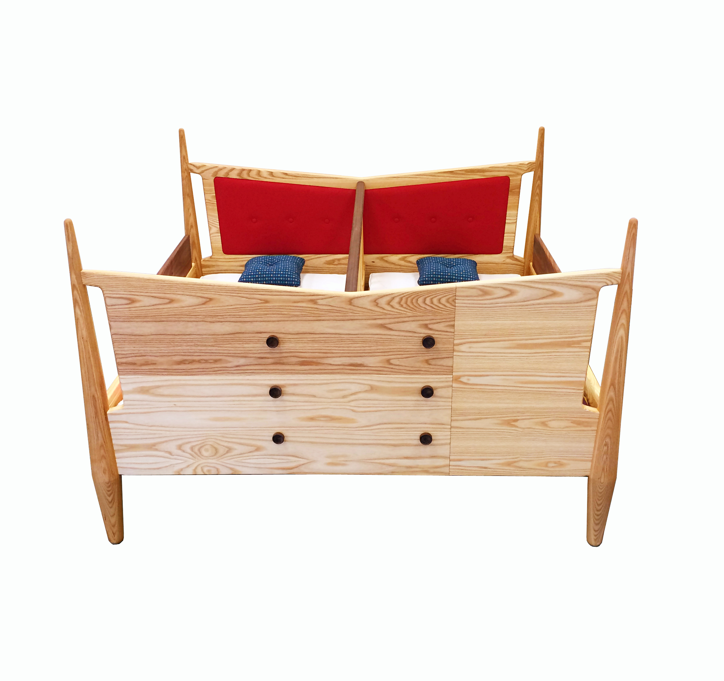Toddler Bed Front_F.jpg