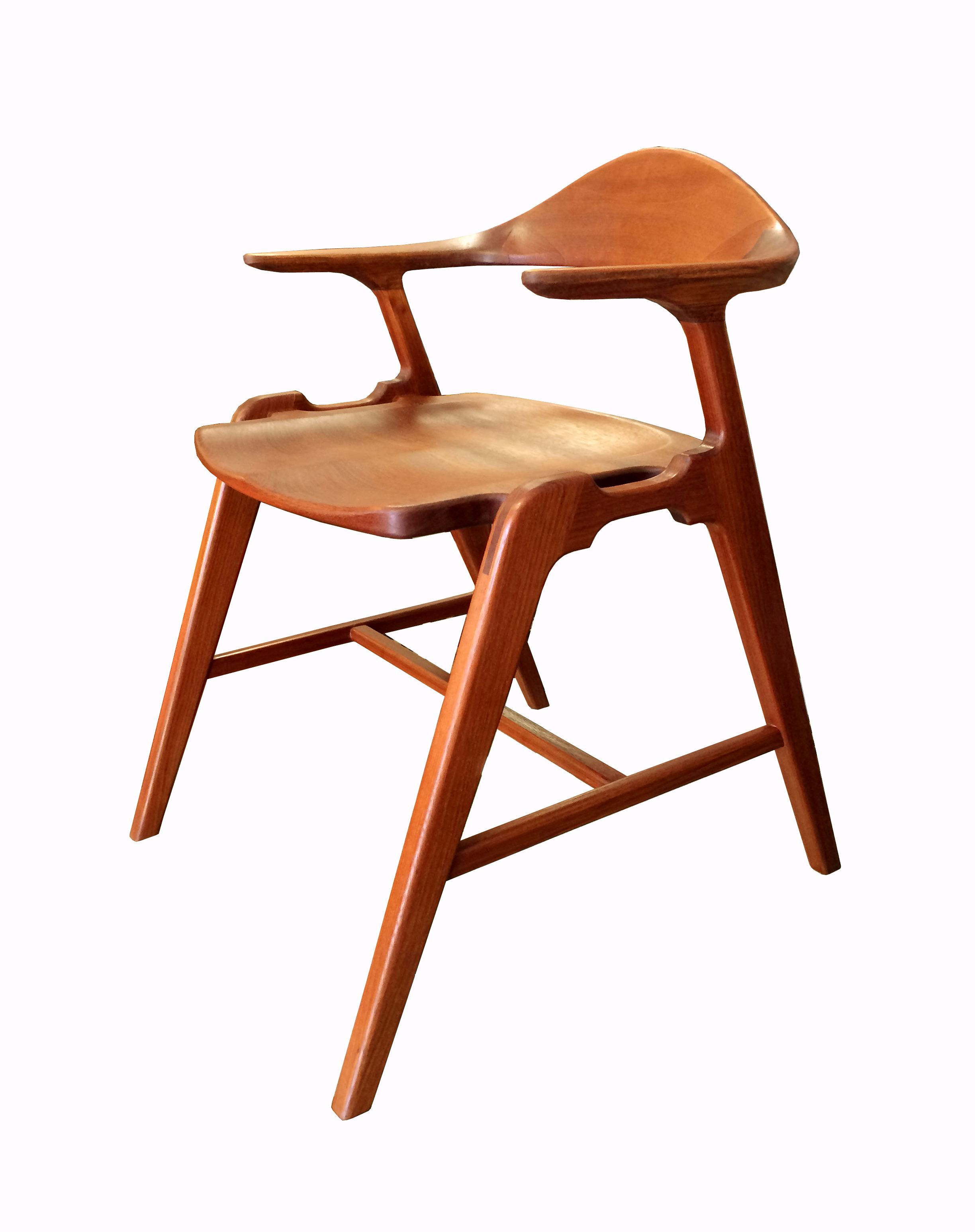 Joint Effort Studio SS Chair 2_F.jpg