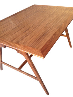 """""""Scale"""" Desk Top Corner"""