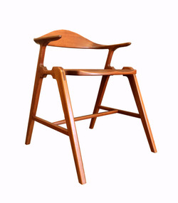 Joint Effort Studio SS Chair 5_F.jpg