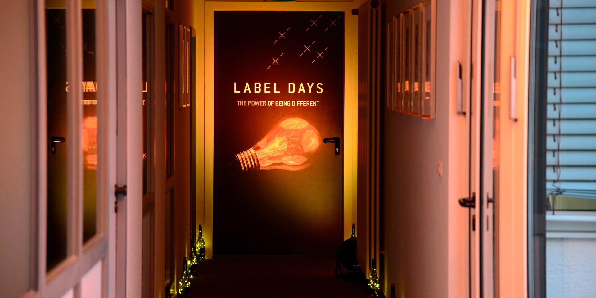 LabelDays_10.jpg
