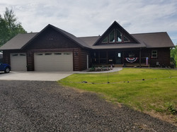 Golden Eagle Log Home Exterior