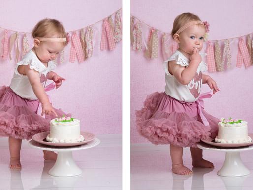 Cutest cake smash session!