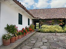 Amplios jardines para eventos sociales y empresariales en la Sabana de Bogotá