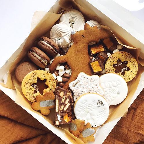 Share me! Christmas treat box