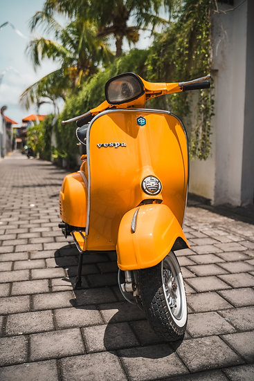 Vespa Super Scooter