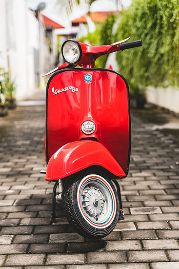 Vespa Super Scooter