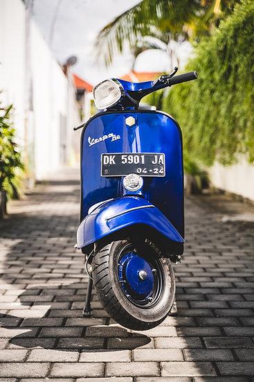 Vespa Super SPD Motor Scooter