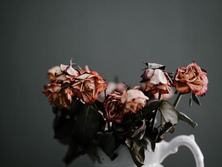 Ako pomôže súcit k sebe samému liečiť zlomené srdce z rozchodu