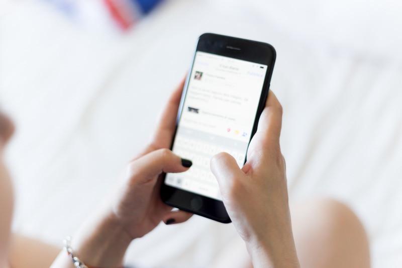 ventilovanie emócii na sociálnych sieťach