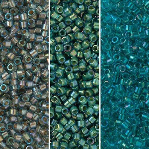 Miyuki Delica 11/0 Palette - Teal Inside Color Lined Palette