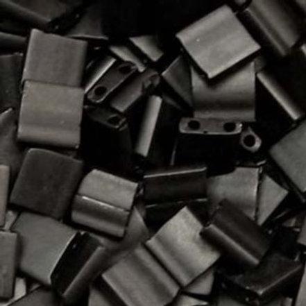 Miyuki Tila 5mm Matte Black TL401F