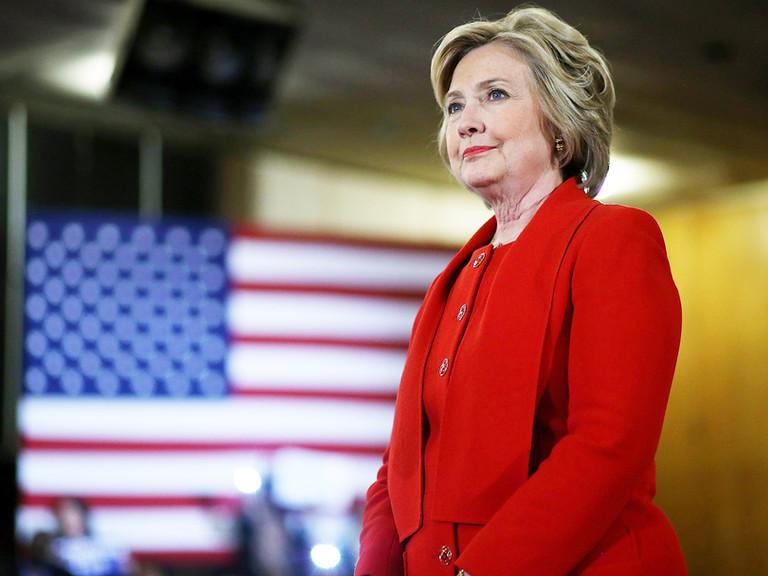 Hillary Clinton defiende la diferenciada