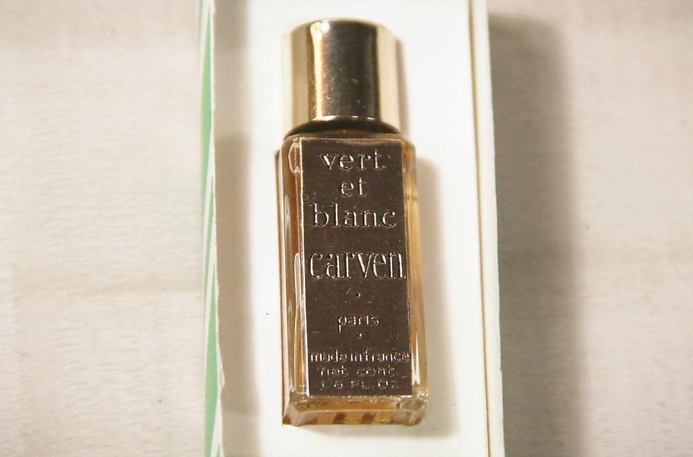 Perfumes carven vintage