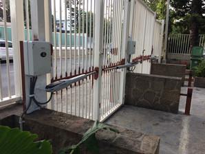 Centurion swing gate  motors