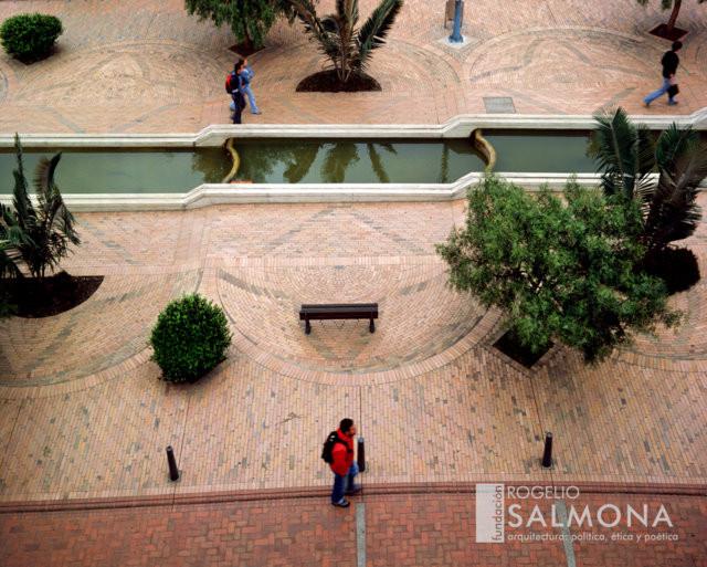 Avenida_Jiménez_Enrique_Guzmán_2.jpg