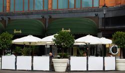 Cafe-windbreaks-&-Parasols---Harrods