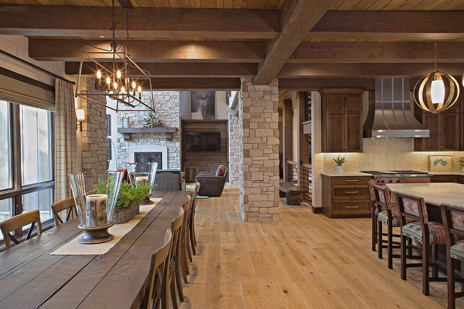 Sandpoint Lodge Kitchens by Wisconsin Lo