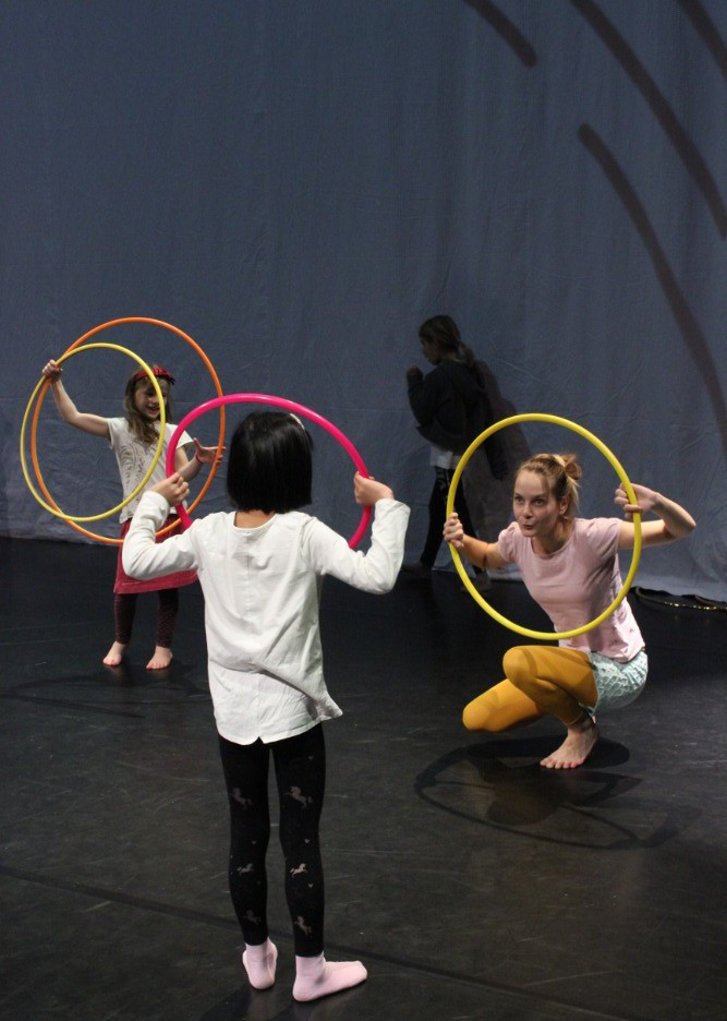 Hoop workshop for kids
