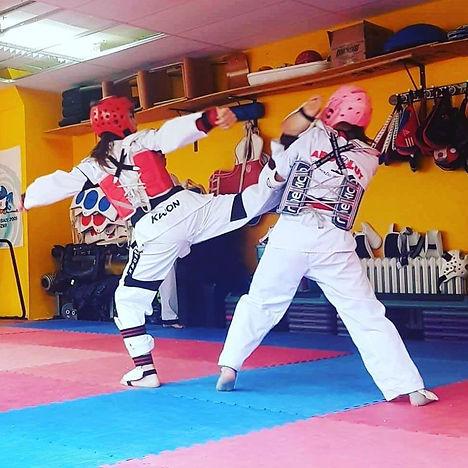 taekwondo_adultes.jpg