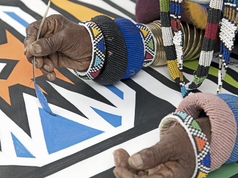 Esther Mahlangu – Keeping Heritage Alive in a Contemporary World