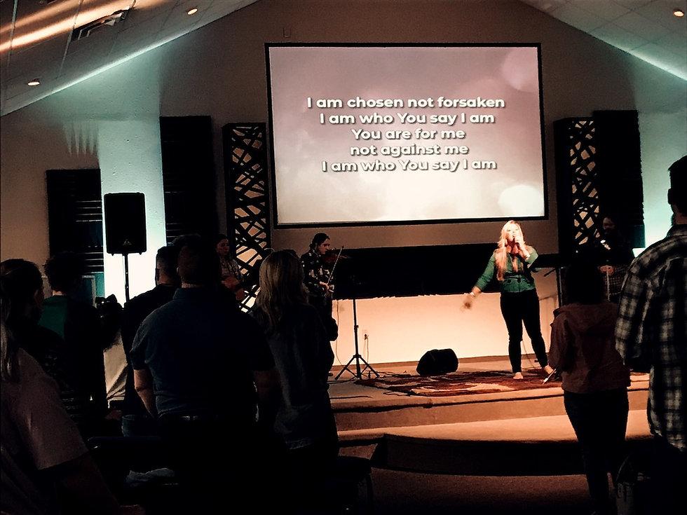 smithville-family-worship-center_worship